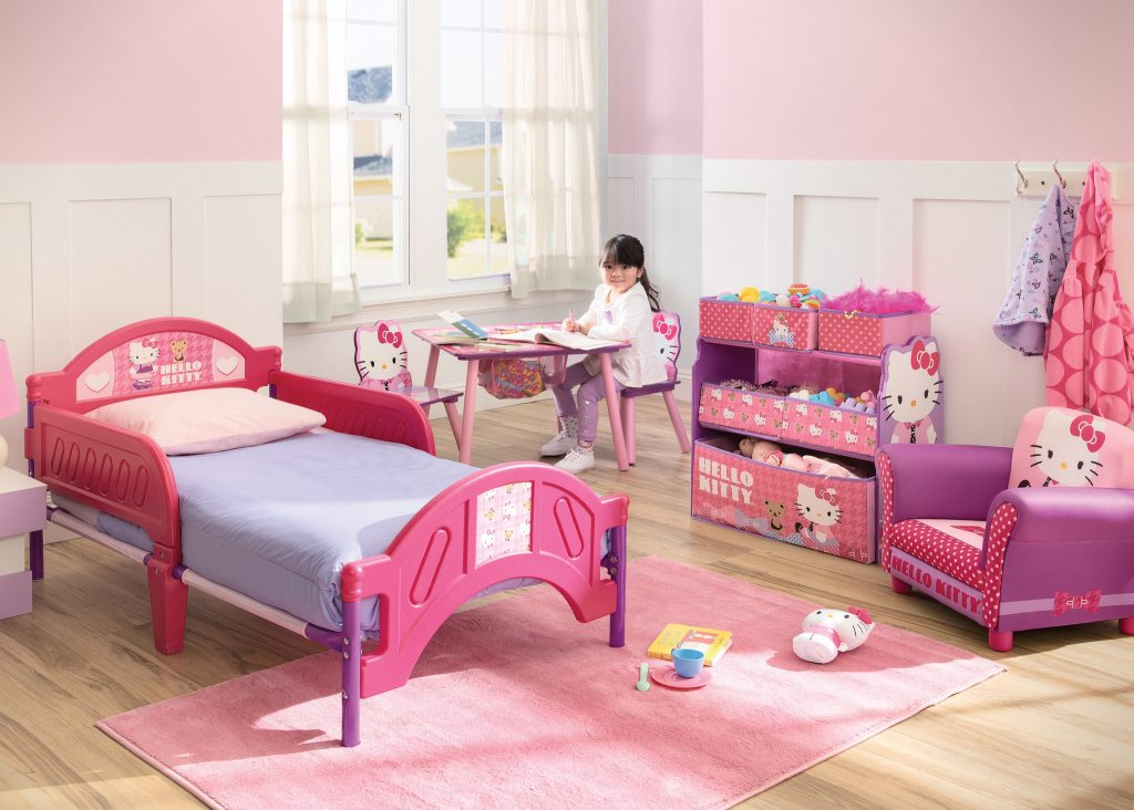 BB86689HK-UP85829HK-TB84958HK-TT89484HK-hello-kitty-room-model_high-res